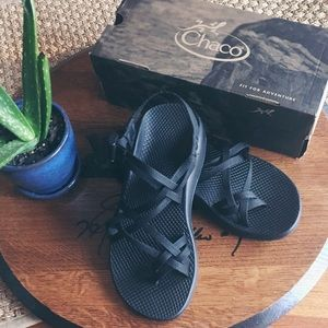 Black Women's Chacos (New)